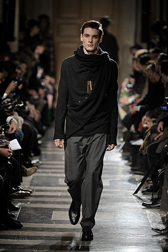 James Hampson3105_FW10_Paris_Ute Ploier (lizzylily@mh)