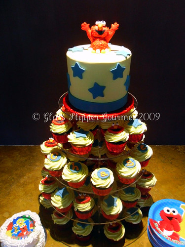 Elmo 1st Birthday Cupcakes And Topper