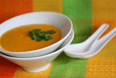 Spicy carrot and mandarin soup