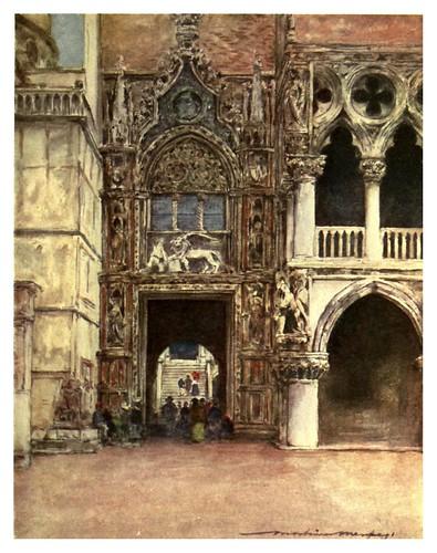 007-Puerta de la Carta en el palacio ducal de Venecia-Venice – 1904-Dorothy Menpes