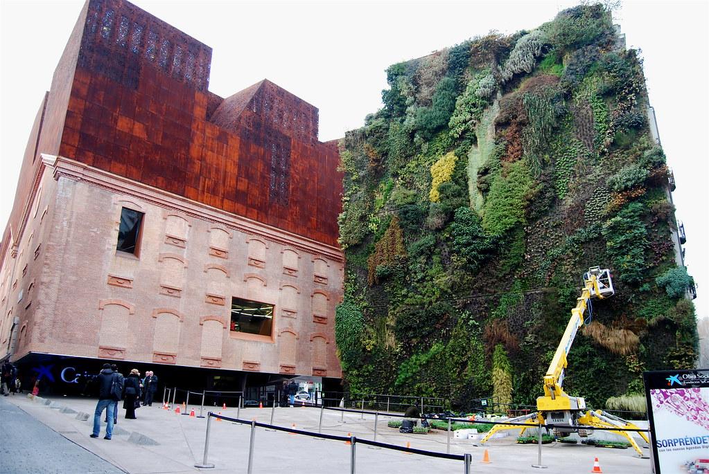 jardim vertical-caixaforum2