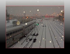 Gimme Shelter.. (Loco Steve) Tags: railroad travel snow chicago color colour station train geotagged photo illinois december union tracks amtrak photograph jpg arrival orkut jpeg  2009 arrivals  chicagoillinois  californiazephyr  thewindycity   unionstationchicago chicagoamtrak flickrivercom flickrhivemind taggalaxy