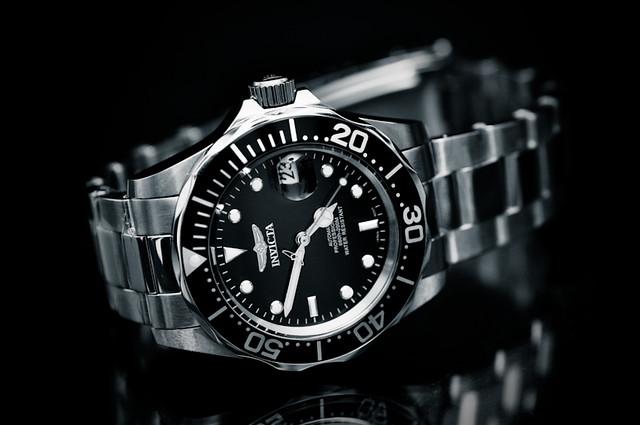 bw macro nikon steel watch automatic mens 60mm invicta luxury rolex d90