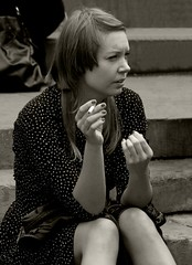 Englishwomen_020-BW (The-Wizard-of-Oz) Tags: london sitting smoking englishwoman