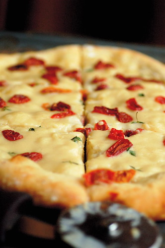 White Pizza with Roasted Garlic Coconut Cream and Sun Dried Tomatoes ...