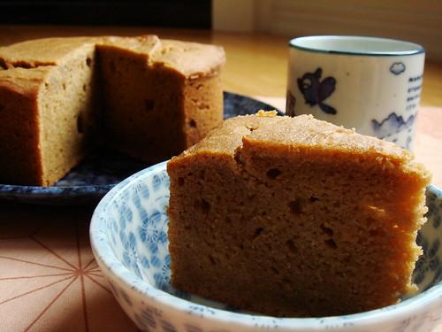 Beurre Noisette & Ueno Black Sugar Mochi Cake