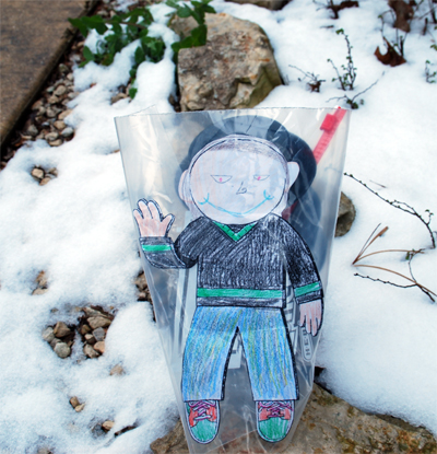 Flat-Stanley-in-the-Snow