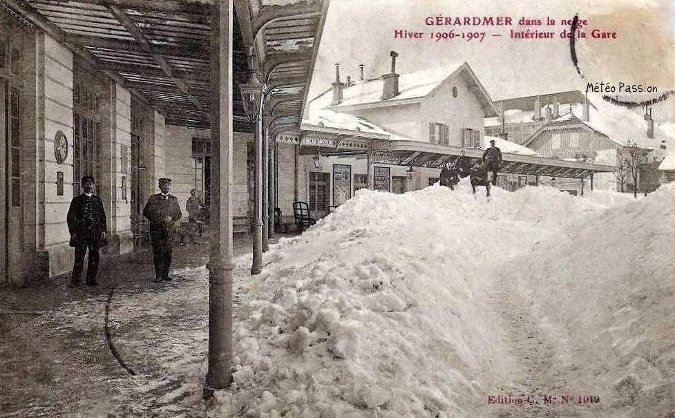 gare de Gérardmer enneigée pendant l'hiver 1906 1907