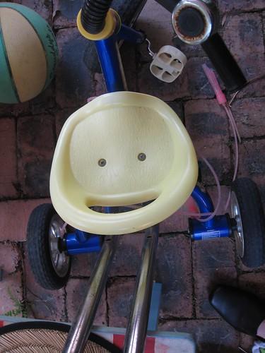 Happy Seat