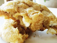 white chocolate and macadamia nut cookies - 20