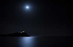 silver sounion (helen sotiriadis) Tags: longexposure blue sea sky moon white seascape black reflection water night canon landscape temple published athens full fullmoon greece moonlight poseidon sounion canonefs1022mmf3545usm φεγγάρι poseidonstemple βράδυ canoneos40d σούνιο astrometrydotnet:status=failed σούνιον toomanytribbles updatecollection astrometrydotnet:id=alpha20100453590032