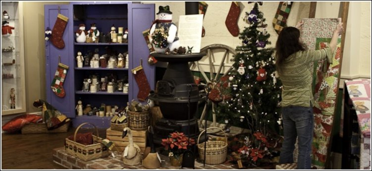 MountainMades Country Store has a Christmas Shop all year!