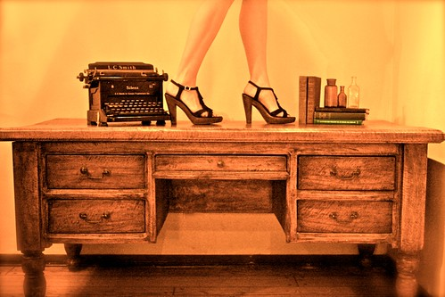 bench monday {writing desk}