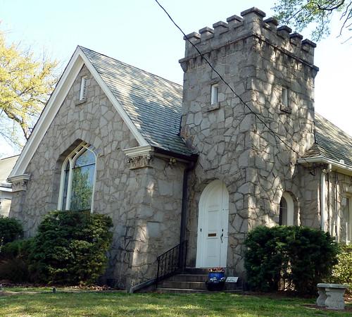 P1010579-2010-04-05-Inman-DeGress-Stone-Church-Tower-Detail