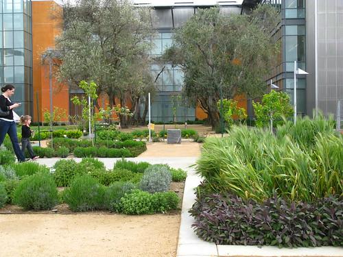 Good Life Garden; UC Davis