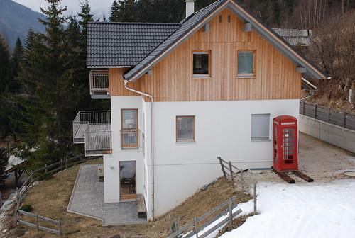 Englische Telefonzelle in den Nockbergen