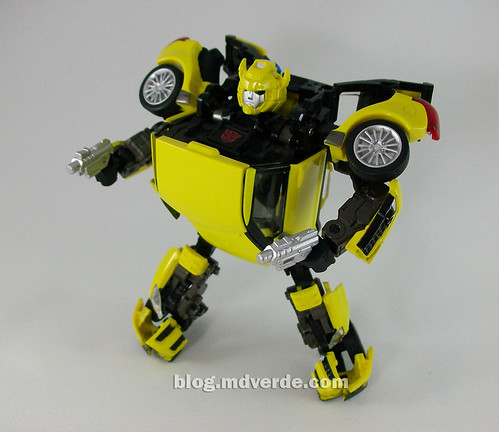 Transformers Bumblebee Alternity - modo robot
