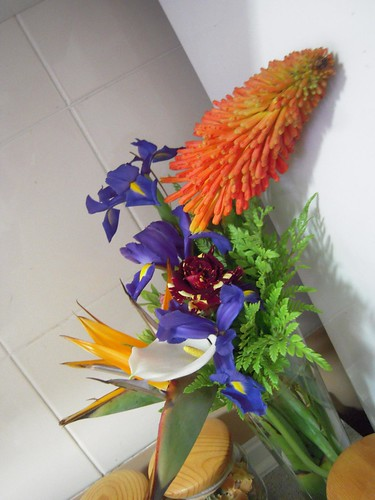 Kitchen's flower arrangement (by Orquidea)