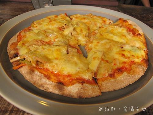 sofree柴燒泡菜pizza仔細看