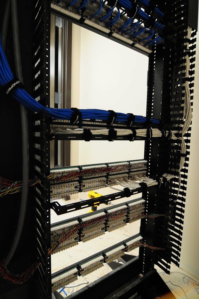wiring the relay rack  posted image posted image