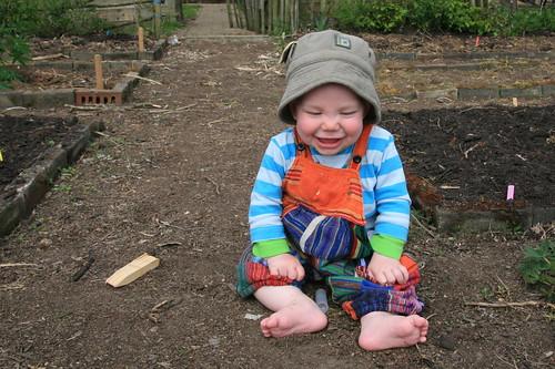 Abel, tuiniert mee moes