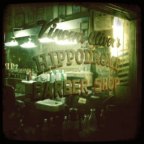 Vincent Oliver's Hippodrome Barber Shop, Woodlawn Al