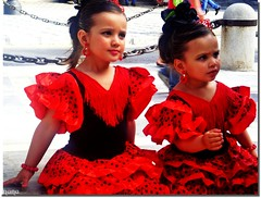 SOY DEL SUR  !!!! (nanettesol) Tags: fiesta dia retratos cruz granada flamenco pasion andaluz gitana sentimiento tipica lunares faralaes granaino
