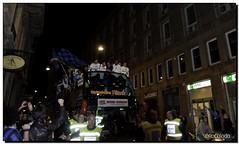 G-Inter Scudetto 18 - Milano 09 (Ròòò) Tags: tour milano pullman duomo festa calcio inter cambiasso fcinternazionale zanetti scudetto campioni maicon campionato nerazzurri milito interisti