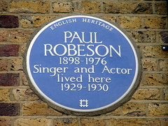 Photo of Paul Robeson blue plaque