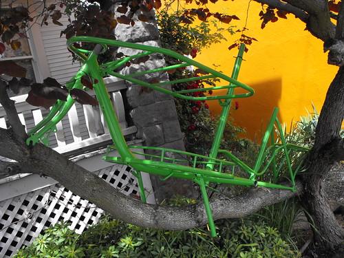 Grasshopper: a Workahaulic from Joe Bike