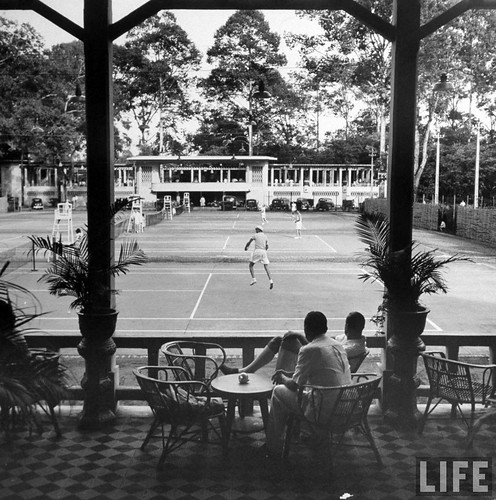 Saigon 1948 - Elegant country club, reminding people of the elegant life once enjoyed by European Colonists