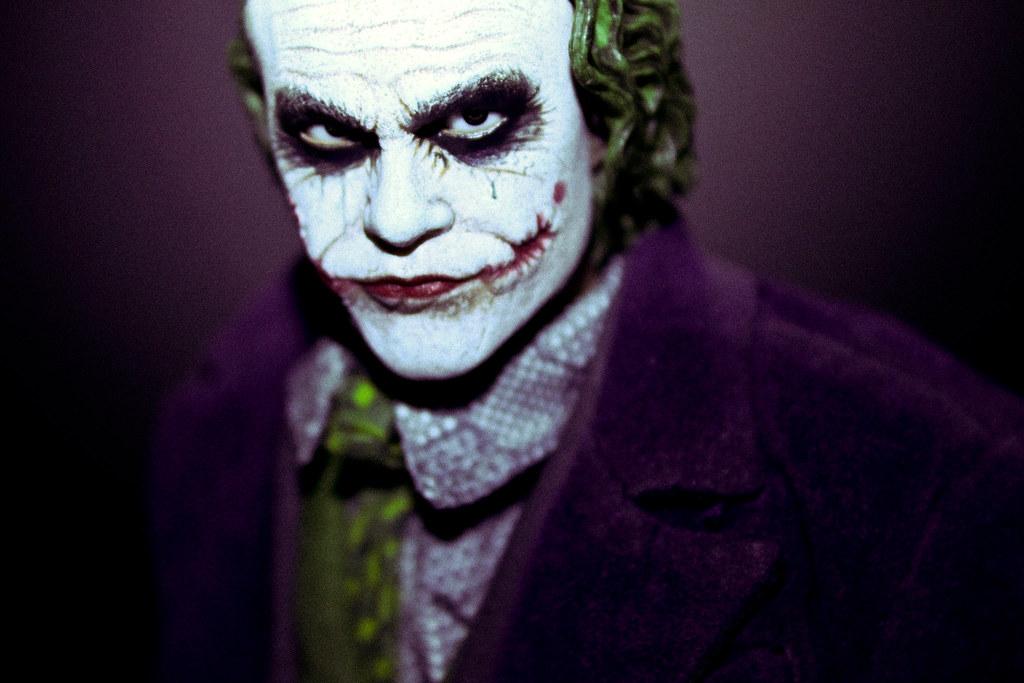 Hot Toys Joker (2)