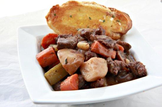 Beef bourguignon 550