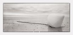 the day on the beach (look-book) Tags: blackandwhite film analog nikon trix bretagne d76 hasselblad sw analogue coolscan 9000 swc 903 lookbook analogous análogo fotosanalogicas kleinbildmagazin