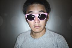 Day Two Hundred Eighty Five (joey_joey_joey) Tags: pink sunglasses metal lasvegas bokeh background steel gray dork ringlight project365 canoneos1dmarkiii strobist gettyimageswant canonef35mm14lusm familygetty2010 beach292 istillwatchcartoons
