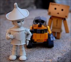 Max and His Friends (Little Joni) Tags: max doll disney tiny pixar bjd tinman donge walle danbo iset amazoncojp revoltech dollti danboard