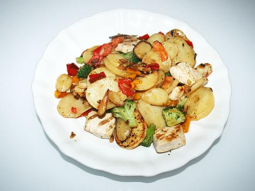 08 - Frosta Bratkartoffel Hähnchen Pfanne - Fertiges-Gericht