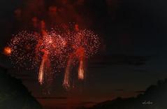 Le ciel du Château en feu (vince.meslet) Tags: chateaudeversailles fontainesmusicale