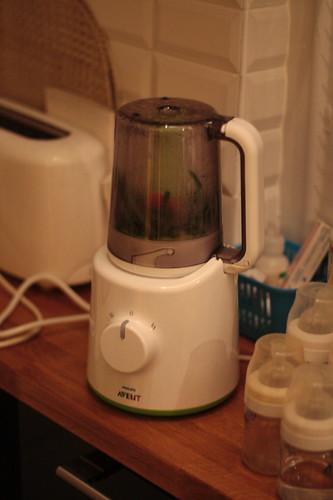 philips-avent-cuiseur-vapeur-mixeur-11a
