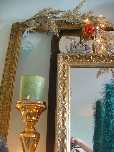 candle and frames