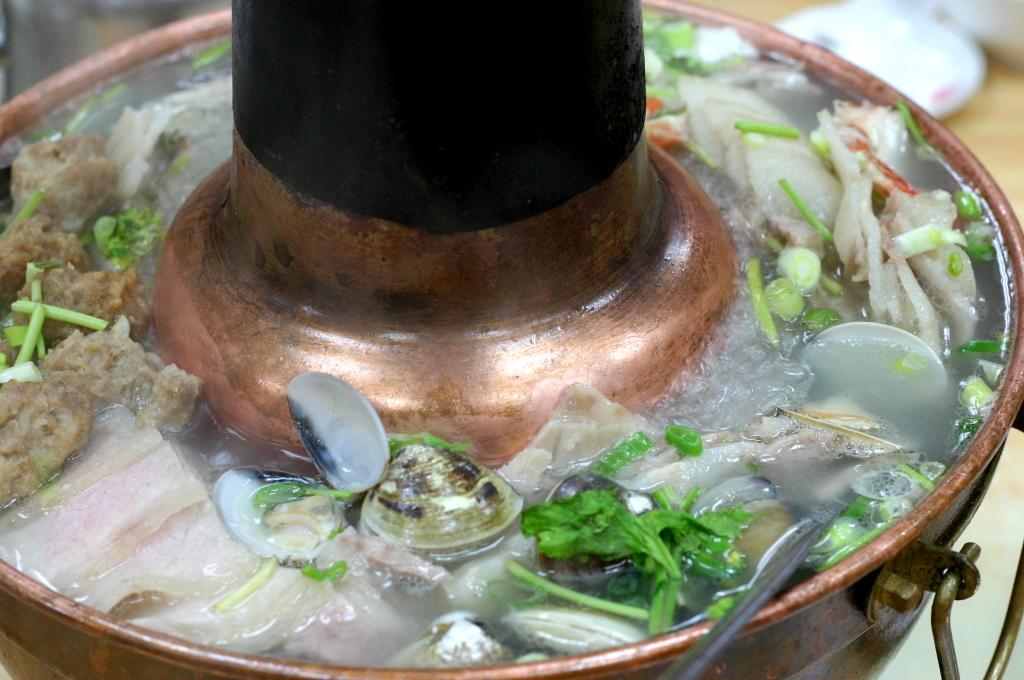 東門餃子館,酸菜白肉鍋
