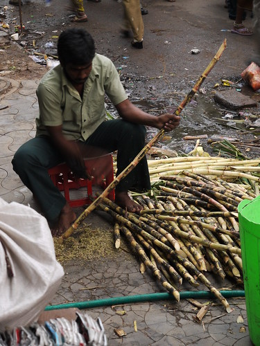 Making Sugar Cane Juice: Part 2 [Chennai, India]