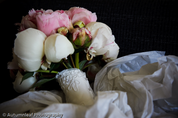 Clare & Nic's Wedding - The Bride's Bouquet (by Autumnleaf Photography)