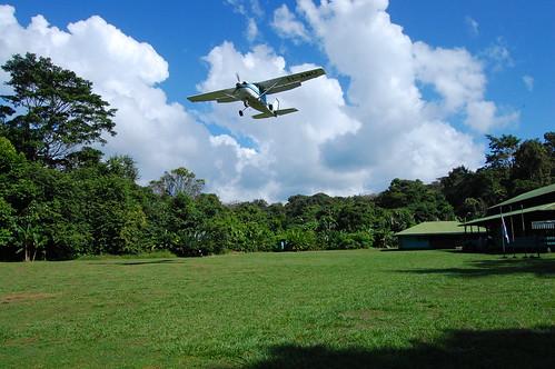 Costa Rica_La Sirena_airplane