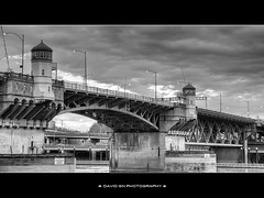 Burnside Bridge - Portland Oregon - HDR B/W (David Gn Photography) Tags: city bw architecture oregon walking portland blackwhite downtown cityscape tour structure oldtown willametteriver hdr waterfrontpark burnsidebridge canonpowershotsx1is