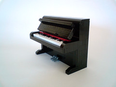 The mighty piano (Catarino0937) Tags: keys lego piano pianist trivia miniland catarino comunidade0937