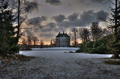 Winter mansion hdr (j_wijnands) Tags: winter house landscape nikon mansion hdr d300 photomati 18105mmf3556gvr