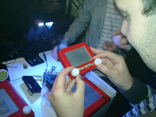 Etch-a-sketch in action
