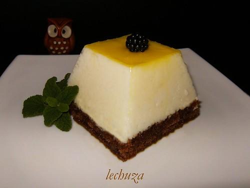 Pirámides de yogur y choco-plato