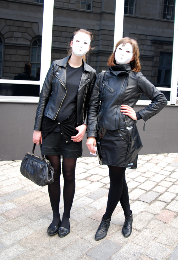 white_masks_london_fashion_week